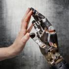 Armprothese: Forscher simulieren Tastsinn