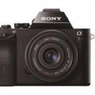 Alpha 7 und Alpha 7R: Sony baut Kleinbildsensoren in Systemkameras