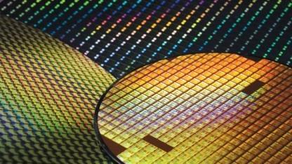 16 nm sind bei TSMC 20 nm mit FinFETs.