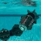 Hibot: Roboter ACM-R5H schlängelt zu Lande und durch Wasser