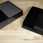 Next-Gen-Konsolen im Vergleich: Xbox One und Playstation 4 auf einem Tisch