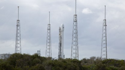 Falcon 9v1.1 auf der Startrampe (am 26. November 2013): Druckschwankungen im Flüssigsauerstofftank