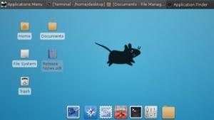 Der Standarddesktop von Debian Jessie ist vorerst Xfce.