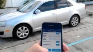 Schlüsselloses Entsperren eines Autos per App