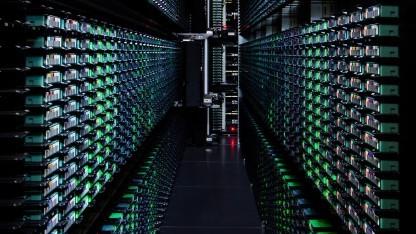 Googles Compute Engine startet offiziell und mit SLA.