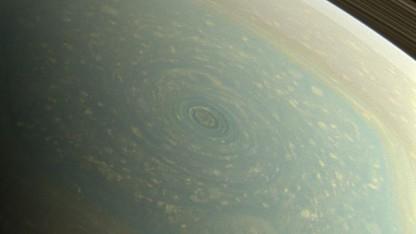 Sturm auf dem Saturn: Windgeschwindigkeit 320 km/h
