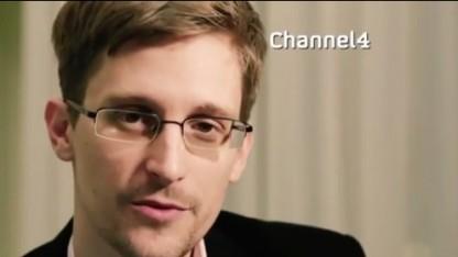 Snowden hält eine alternative Weihnachtsansprache im Fernsehen.