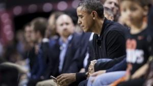 Barack Obama verwendet weiterhin ein Blackberry-Smartphone.