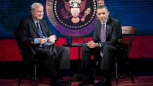 US-Präsident Obama bei dem Interview mit dem Journalisten Chris Matthews (l.)