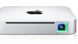 Mac Mini mit Projektor (Bildmontage)