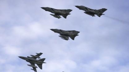 Kampfflugzeug Tornado GR4: Teile auf einer RAF-Basis gedruckt
