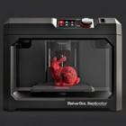 Makerbot Industries: 3D-Drucker Replicator wird kleiner und größer