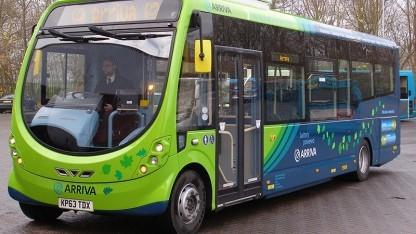 Elektrobus in Milton Keynes: Spulen im Boden