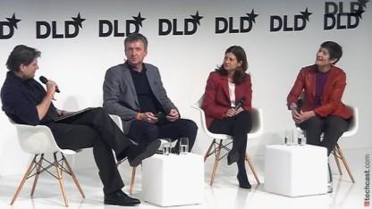 Podiumsdiskussion auf der DLD14, v.l.: Jakob Augstein, Moderator Jochen Wegner, Rebecca Blumstein, Cyndi Stivers