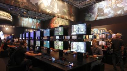 Symbolbild: Besucher auf der Gamescom 2013