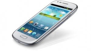 Mit dem Galaxy S3 begann der Trend der Miniversionen von Topsmartphones.