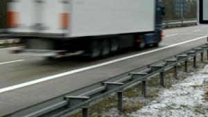 Kassel: Diebe holen Apple-Hardware während der Fahrt aus Lkw