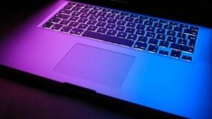 Brummen und fühlen die Touchpads der Macbooks künftig?