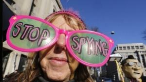 """""""Spionage stoppen"""": Diese Forderung von US-Bürgern wird von US-Präsident Obama vorerst nicht erfüllt."""