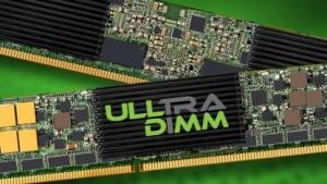 Ein ULLtra-DIMM sieht aus wie RAM, ist aber ein Flash-Speicher