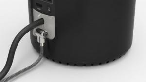 Mac Pro mit dem Lock Security Bracket