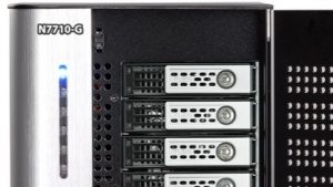 Neue NAS-Systeme mit integrierter 10GbE-Karte
