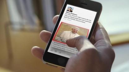 Facebook Paper auf einem Smartphone