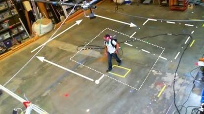 Hannes Kaufmanns Holodeck ist in einer ersten Demonstration ein 9 x 9 Meter großes Areal.