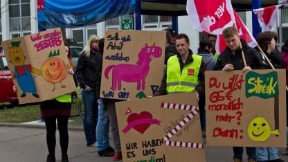 Streikende in einer früheren Tarifrunde