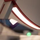 LG Tischlampe ausprobiert: Smarte Lampe mit gebogenen OLED-Panels