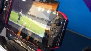 AMD zeigte einen Prototyp mit Mullins-APU auf dem Mobile World Congress 2014.