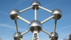 Soll auch in der französischsprachigen Wikipedia gezeigt werden dürfen: das Atomium in Brüssel