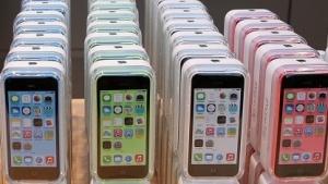 Appple bringt iPhone 5C mit 8 GByte.