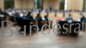 Die Länderkammer will Betreiber von Botnetzen härter bestrafen.