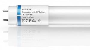 LED-Röhren mit verbesserter Elektronik funktionieren auch an EVG-Lampen.