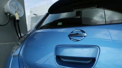 Autos wie der Nissan Leaf sind Vorboten der kommenden Generation vernetzter Fahrzeuge.