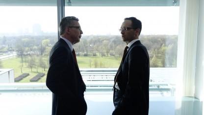 Uneins in Sachen Vorratsdatenspeicherung: Innenminister de Maizière (l.) und Justizminister Maas