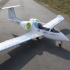 E-Fan-Aircraft: Kleiner Airbus fliegt erfolgreich mit 120 LiPo-Akkus