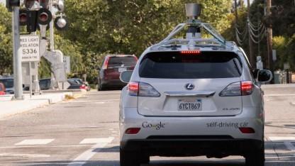 Autonom fahrender Lexus von Google