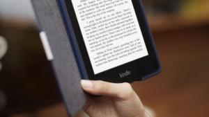 Der Kindle Paperwhite verfügt über eine Displaybeleuchtung.
