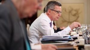 Innenminister de Maizière sucht das Gespräch mit den Ländern zur Vorratsdatenspeicherung.
