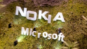 Am 25. April 2014 übernimmt Microsoft Nokias Mobiltelefonsparte.