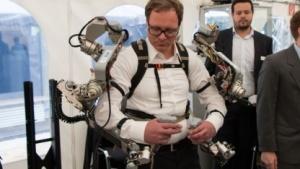 Exoskelett und Aila: Tiefsee und Weltall