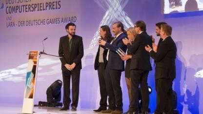 Studio Fizbin feierte den Gewinn des Deutschen Computerspielpreises 2014 für The Inner World.