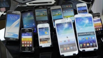 Beim Kauf eines Smartphones spielt auch das Betriebssystem eine Rolle.