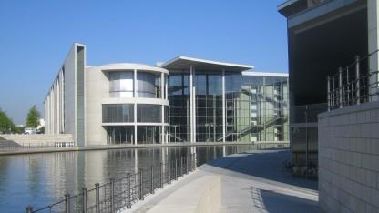 Im Europasaal des Paul-Löbe-Hauses diskutierte der Ausschuss mit den Experten.