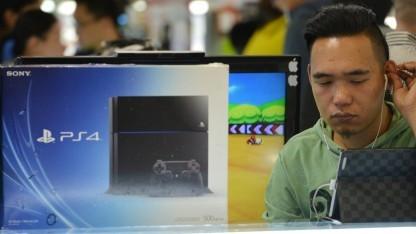 Spieleladen mit Playstation 4 in Schanghai, Januar 2014