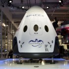Raumfahrt: SpaceX stellt wiederverwendbare Raumfähre Dragon V2 vor