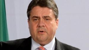 Wirtschaftsminister Gabriel schließt die Zerschlagung von IT-Konzernen nicht aus.