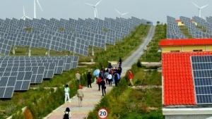 Eine Solarfarm in China